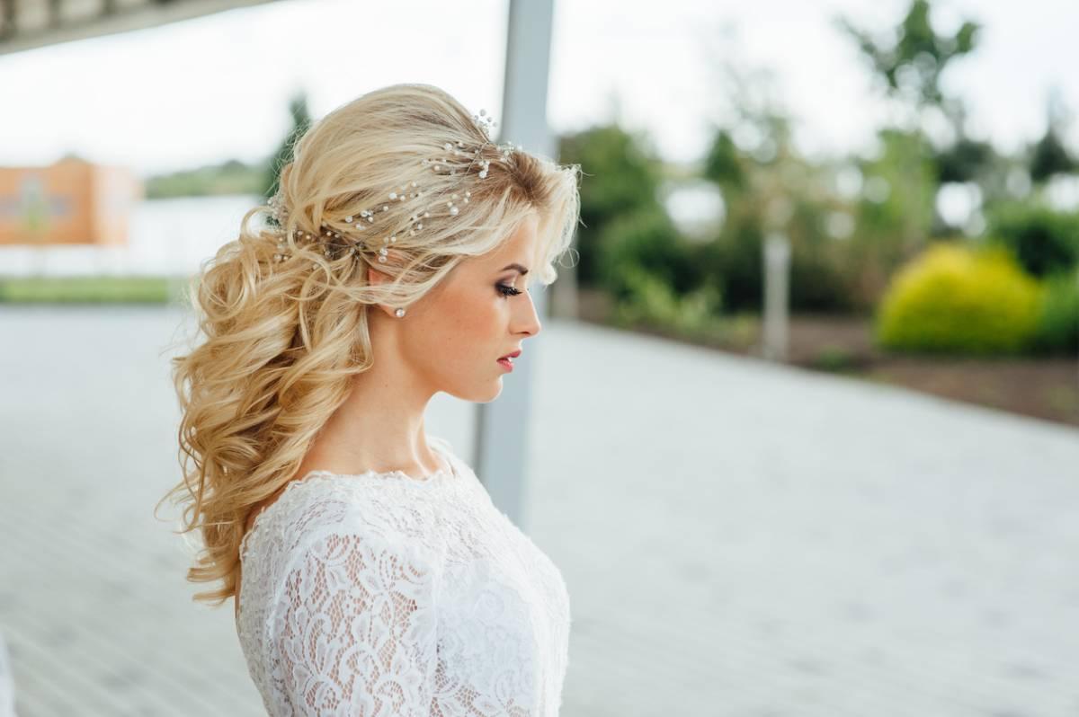 Des Cheveux Longs Pour Son Mariage Ce Que Pensent Les Femmes