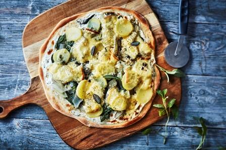 pizza-aux-pommes-de-terre–amlie-roche-cnipt